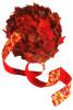 шар из листьев клена